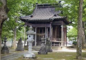 上高見 諏訪神社